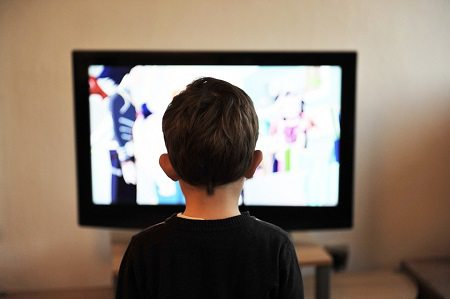 child watching television.alert1