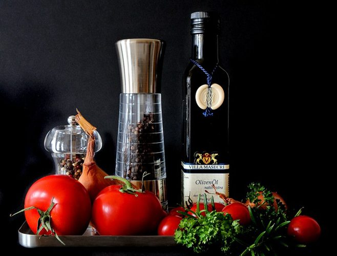 olive oil tomatoes pepper